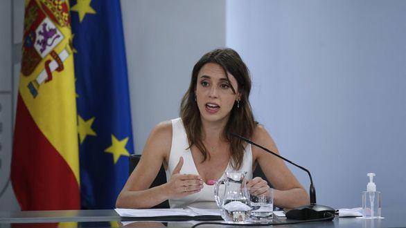 Montero pretende eliminar los tres días de reflexión obligatoria antes de abortar
