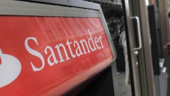 Banco Santander lanza 2.500 becas para impulsar la empleabilidad
