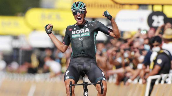 Tour de Francia. El gregario Politt saborea el triunfo en Nimes
