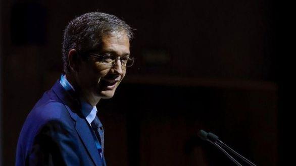 Hernández de Cos: Añadir la vivienda al IPC solo añade