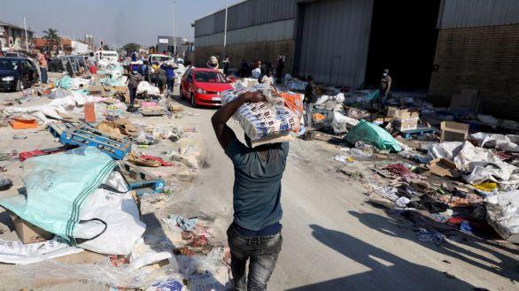 Tras más de 200 muertos y más de 2.500 detenidos, Sudáfrica vuelve a la normalidad