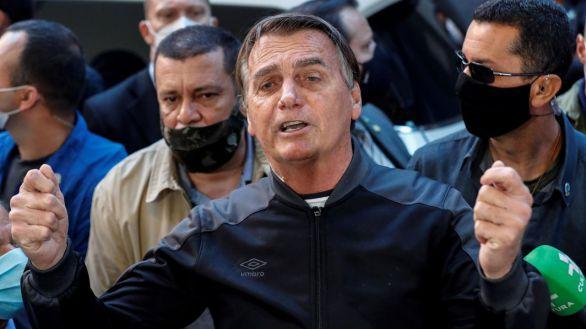 Bolsonaro recibe el alta tras pasar cuatro días ingresado por una obstrucción intestinal