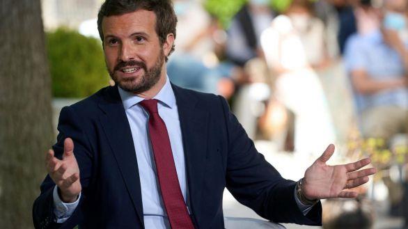 Casado avisa a Sánchez: perderá los fondos europeos si no respeta la separación de poderes