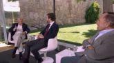 El exministro Arias Salgado deja atónito a Casado al llamar 'hijo de puta' a Rutte delante de él