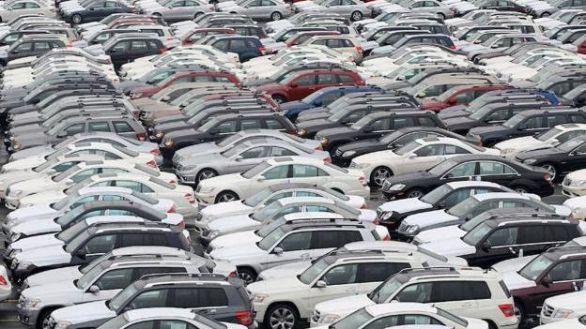 La falta de chips agrava la crisis de producción de vehículos en España
