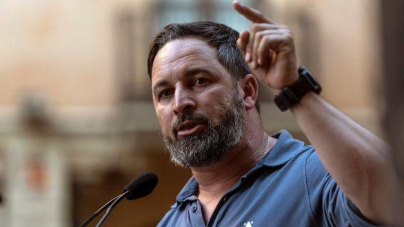 El Parlamento de Ceuta declara 'persona non grata' a Santiago Abascal
