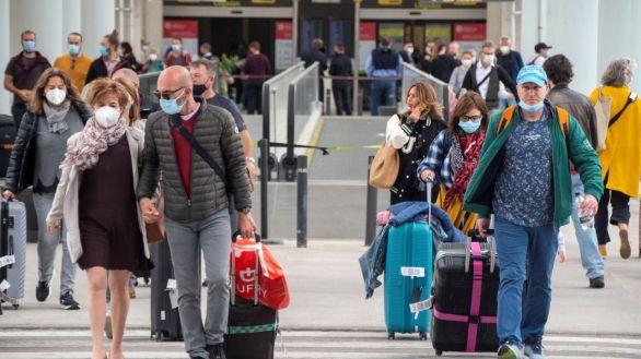 Ofensiva del PP por el bloqueo de las ayudas directas al turismo