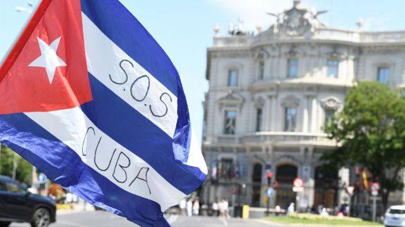 Manifestación del exilio cubano en Madrid en apoyo de las protestas en la isla