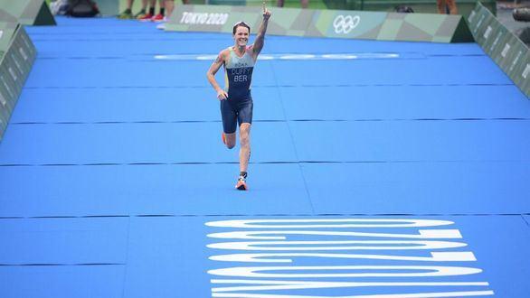 Flora Duffy se exhibe en Tokio y logra el primer oro olímpico para Bermudas