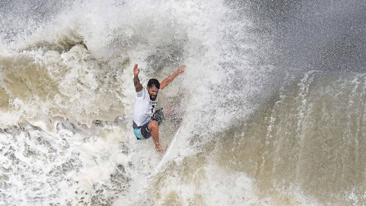 Chourraut completa su trío de medallas y un tifón entre en juego