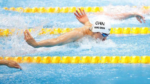 Shun Wang sube el nivel con un oro en los 200 estilos
