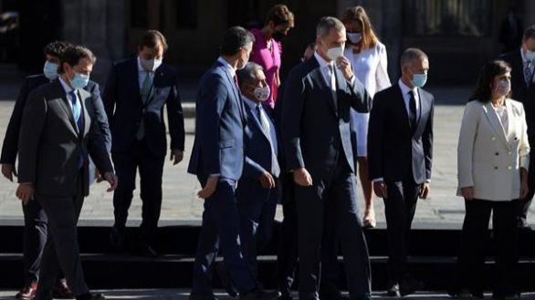 Sánchez trata de acallar a las comunidades cediéndoles el 55% de los fondos europeos