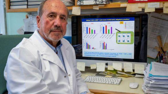 Suspendido el ensayo de la vacuna española tras causar una lesión pulmonar a un macaco