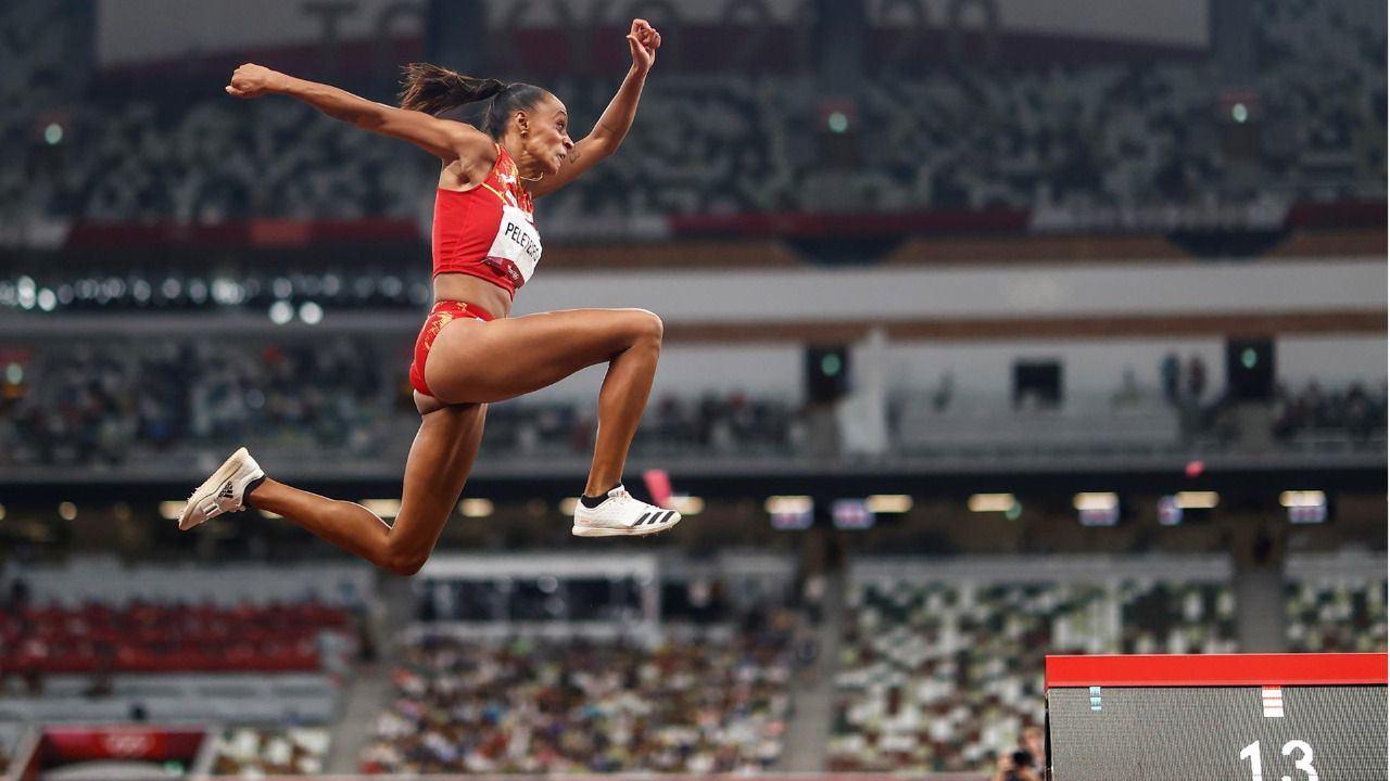 Ana Peleteiro, primera medalla del atletismo español con un bronce en triple salto