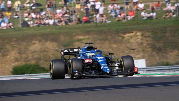 Alpine hace historia ganando en Hungría tras una enorme carrera de Ocon y Alonso