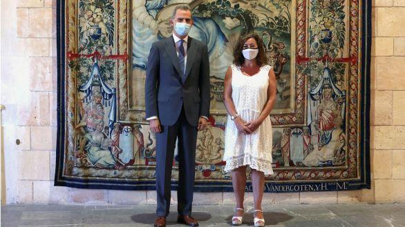 Felipe VI se reúne con las principales autoridades de Baleares