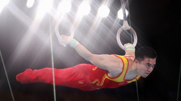 Liu Yang logra el primero oro en gimnasia para China