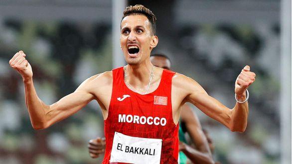 El Bakkali irrumpe en el reinado de 36 años de Kenia en el 3.000 obstáculos