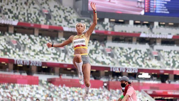 La alemana Mihambo, oro en el último salto