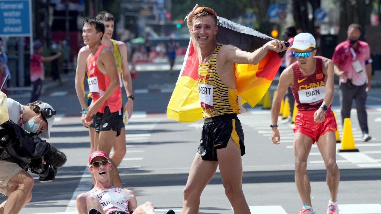 Marc Tur pierde el bronce en los últimos metros de los 50 km
