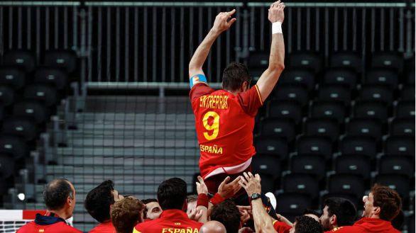 España conquista un sufrido bronce ante Egipto  31-33