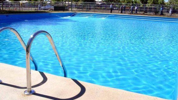 Las piscinas multiplican otitis, conjuntivitis, hongos y diarreas en verano