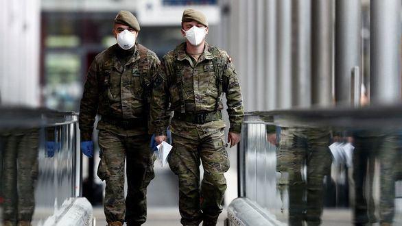 Asociaciones de militares piden 300 millones de euros para dignificar sus nóminas