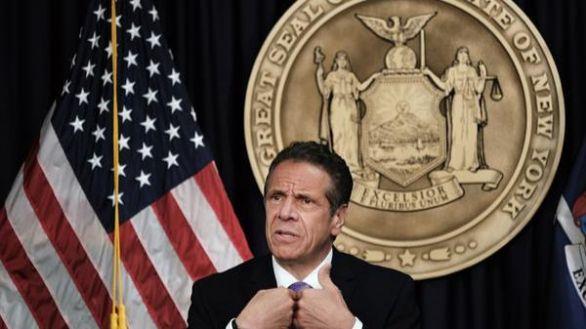 Cuomo renuncia como gobernador de Nueva York tras el escándalo de acoso sexual