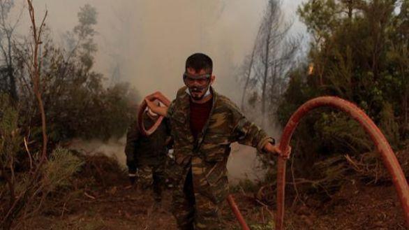 Remiten los incendios en Grecia aunque todavía hay focos muy activos