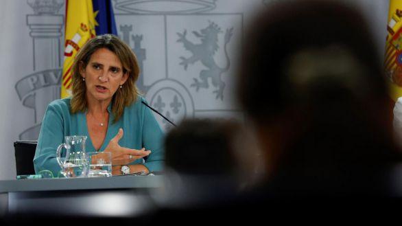 Ribera cede ante Podemos y se abre a crear una empresa pública de energía