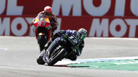 Yamaha retira a Viñales de la competición al considerar que rompió su moto a posta