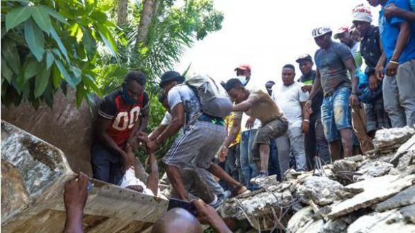 Haití eleva a 2.189 la cifra de fallecidos en el terremoto