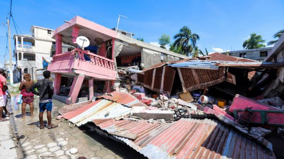 España enviará 10 toneladas de material médico a Haití tras el terremoto