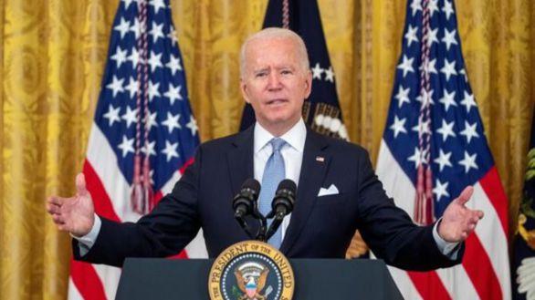 Biden: las tropas de EEUU podrían quedarse en Kabul después del 31 de agosto
