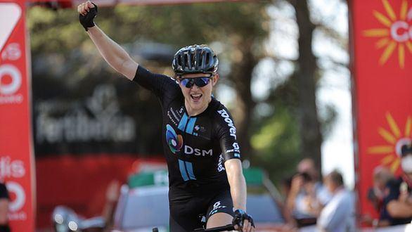 La Vuelta. Valverde abandona por una caída en una etapa que gana Storer