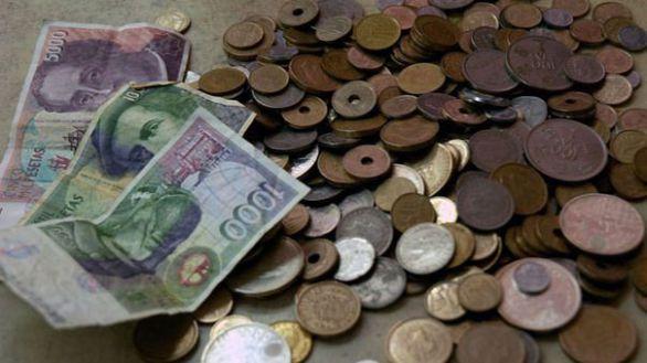Los españoles dejan sin canjear pesetas por valor de 1.575 millones de euros