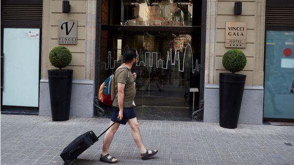 Los madrileños, al rescate del turismo nacional
