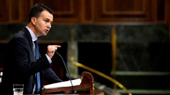 El canario Héctor Gómez sustituirá a Adriana Lastra como portavoz del PSOE en el Congreso