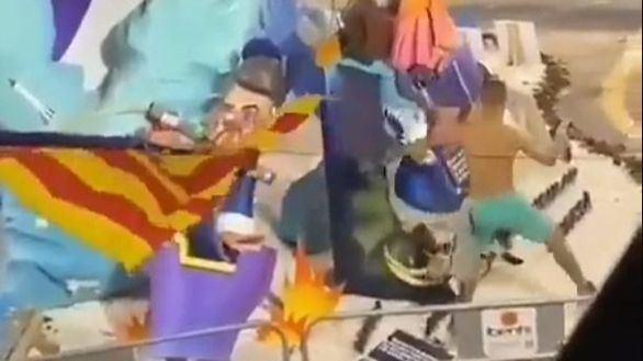 Un hombre ebrio destroza dos escenas y varios ninots de una falla de Valencia