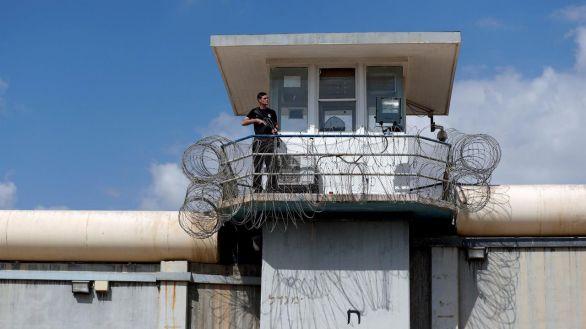 Seis presos palestinos se fugan de una prisión de alta seguridad israelí a través de un túnel