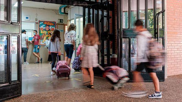 Arranca el tercer curso del covid con menos del 50 % de alumnos vacunados