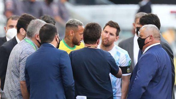 Abren una investigación contra los futbolistas argentinos que infringieron el protocolo sanitario