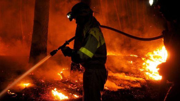 Estabilizados los incendios de Ribas de Sil tras arrasar casi 1.600 hectáreas