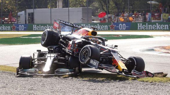 F1. Ricciardo pesca tras otro incendio entre Verstappen y Hamilton