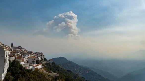 ¿Qué son los incendios de sexta generación, como el que arrasa Sierra Bermeja?