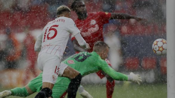 El Sevilla rescata un punto de un surrealista partido contra el Salzburgo |1-1