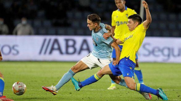 El Cádiz aguanta y mete al Celta de Coudet en un lío   1-2