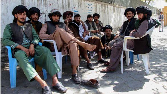 Los Talibanes eliminan el Ministerio de la Mujer para crear el de la Virtud y la Prevención del Vicio