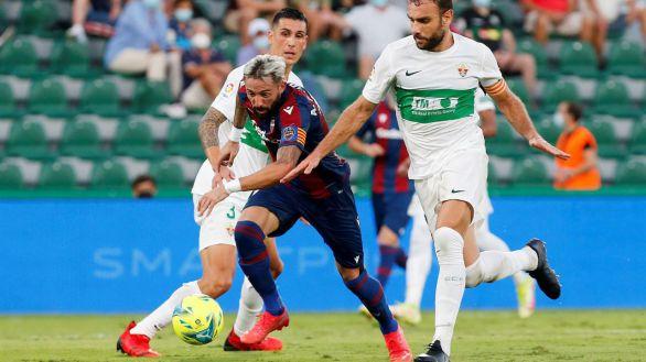 Morales contrarresta el gol de Lucas Pérez para firmar tablas entre Elche y Levante  1-1