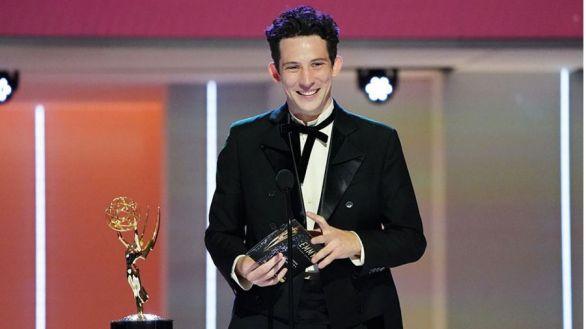 The Crown reina en unos premios Emmy que coronan a Netflix